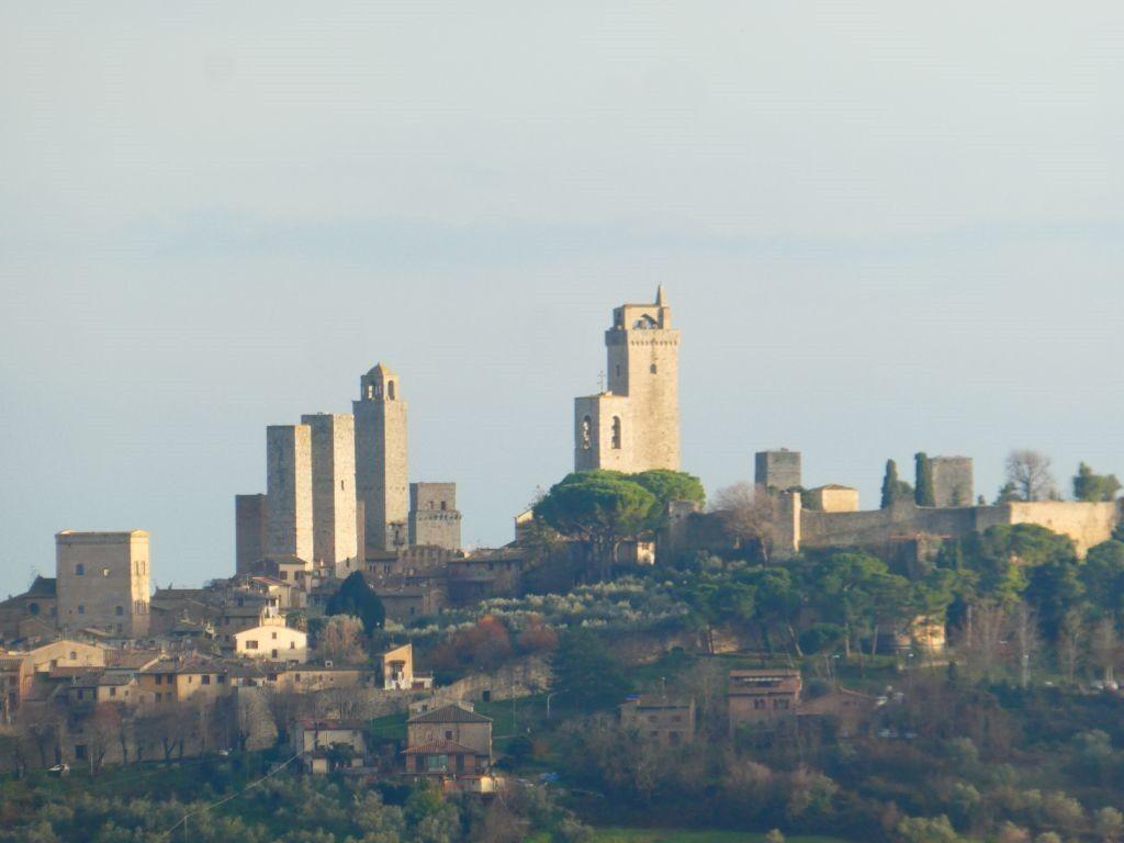 San Gimigiano–Volterra